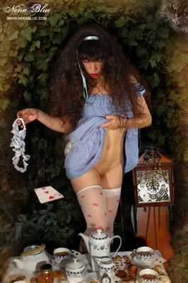 Tea with Alice in wonderland - 07