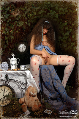 Tea with Alice in wonderland - 09