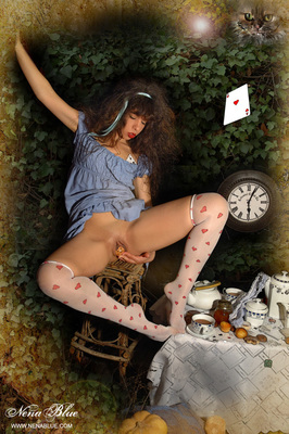 Tea with Alice in wonderland - 10